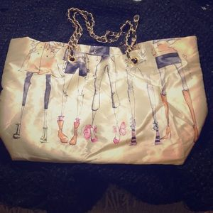 DSW tote with fashion artwork 20th anniversary